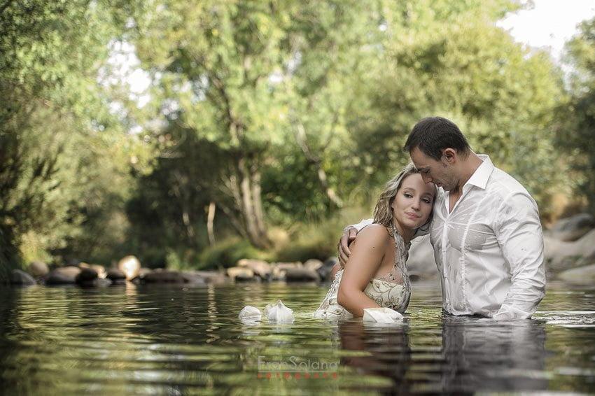 postboda campestre en el rio manzanares