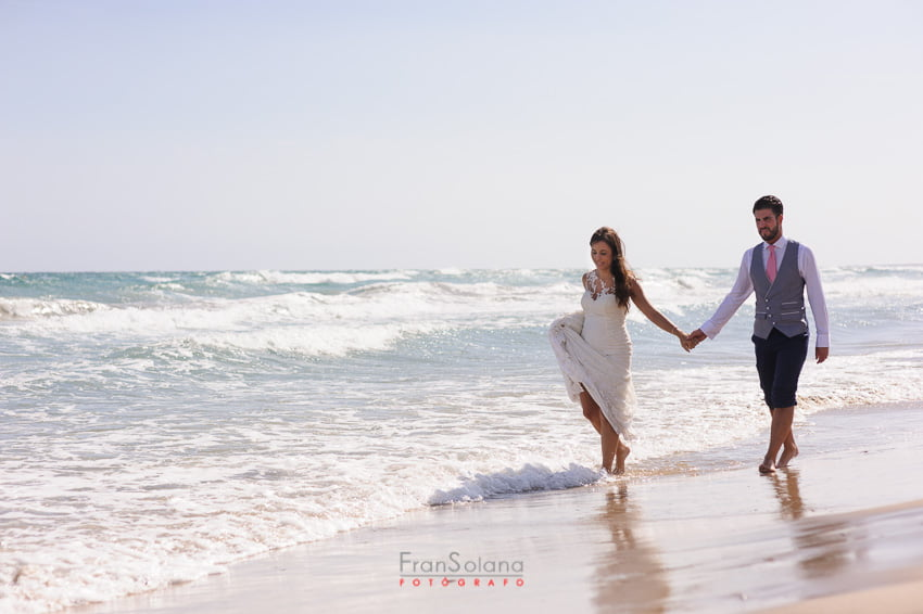 trash the dress junto al mar